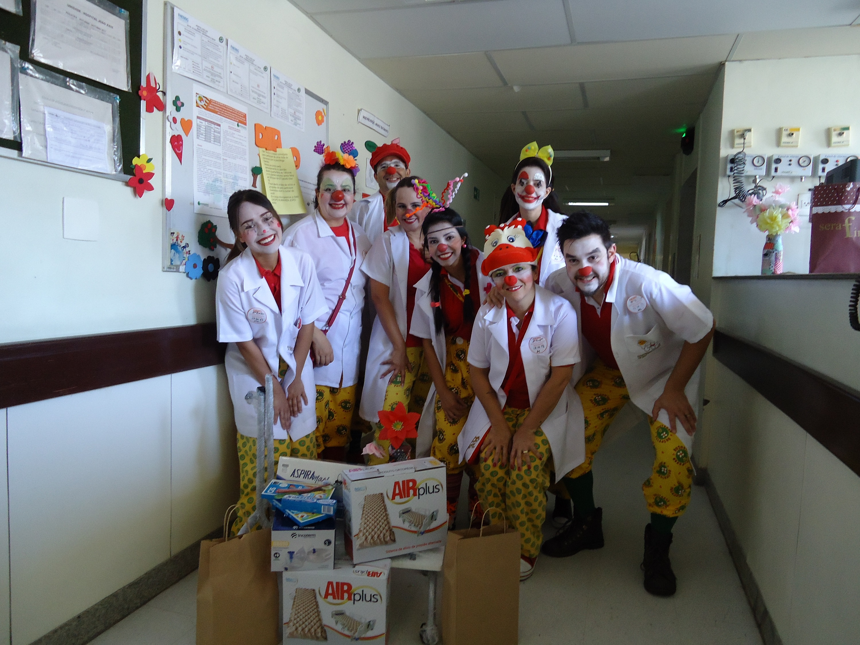 Doutores Palhaços participam da ação do SindSeg no Hospital João XXIII